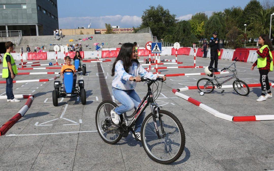 La Semana da Mobilidade sofoca el tráfico en el centro de Vilagarcía